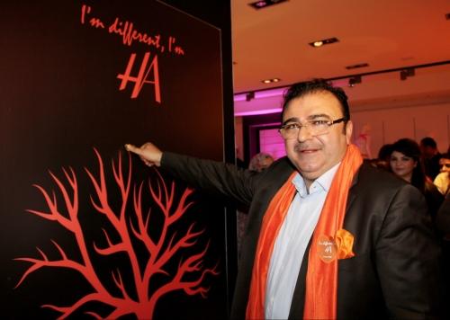 Tunisie - Hamadi Abid dépasse les frontières